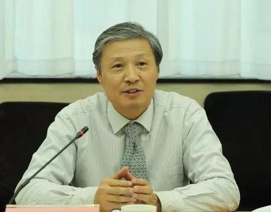 书协分党书记陈洪武就第六届书法兰亭奖作相关回答