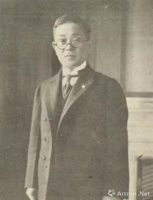初代根津嘉一郎青年时拍摄的照片