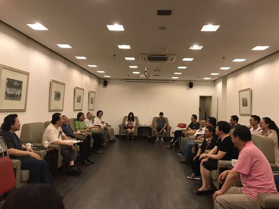 杨晓阳与青海艺术家们座谈