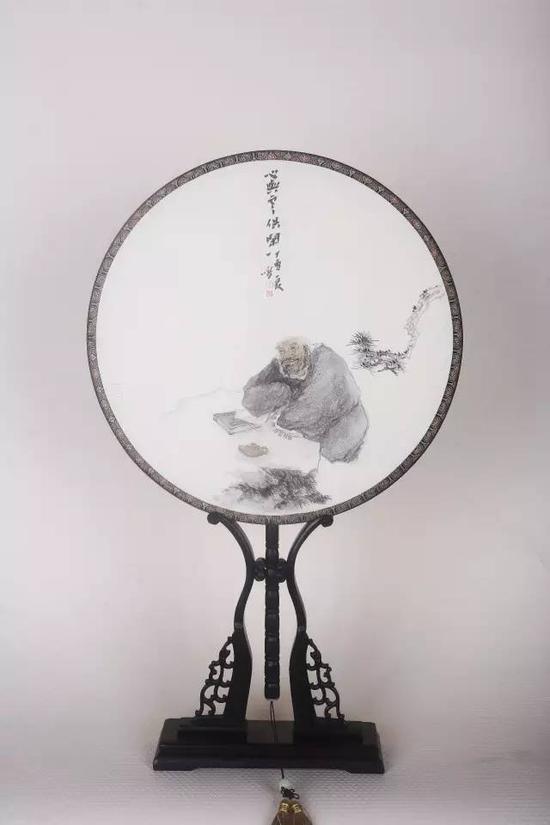 丁一鸣 1964年生,上海人。现为中国美术家协会会员、上海书画院执行院长。