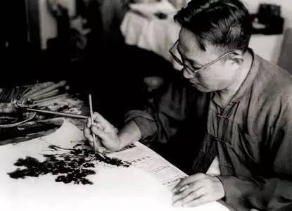 傅抱石   中国画的生命须永远寄托在'线'和'墨'上