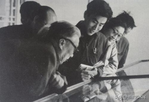 中国书法家协会成立竟有不同版本:杨仁凯和谢稚柳因何落选副主席